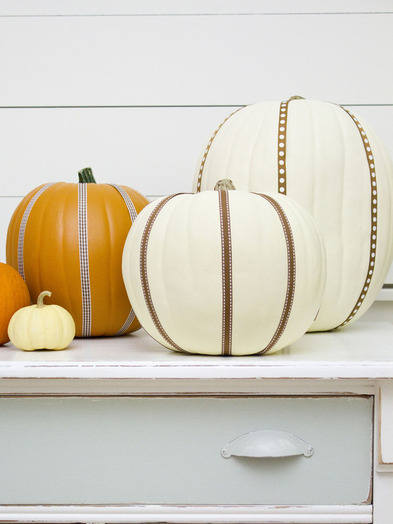 Halloween-Ribbon-Pumpkins-Beauty-2_s3x4_lg