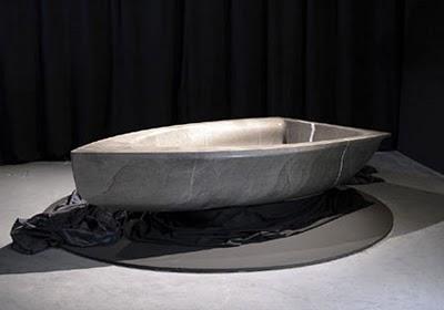 Nautic: vascabarca-boat-shaped-bathtub3