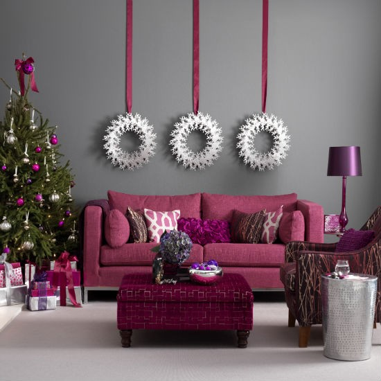 xm- 20 living-room--Christmas--modern--Ideal-Home
