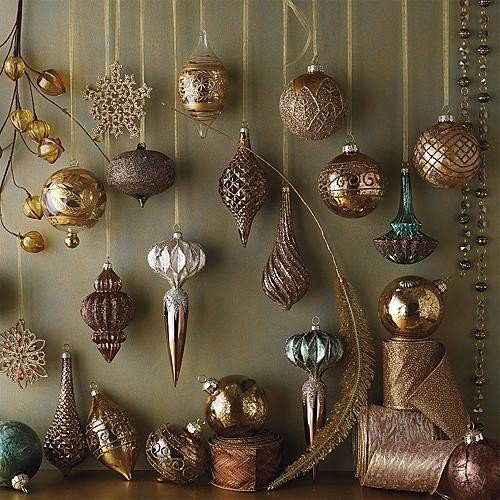 xm- Baubels on wall traditional-holiday-decorations