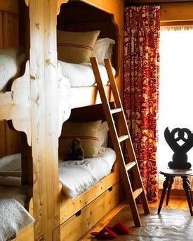 Chalet Interior 14: Bunk Bedroom 53bb074b8a79084852318cb66c77ed54