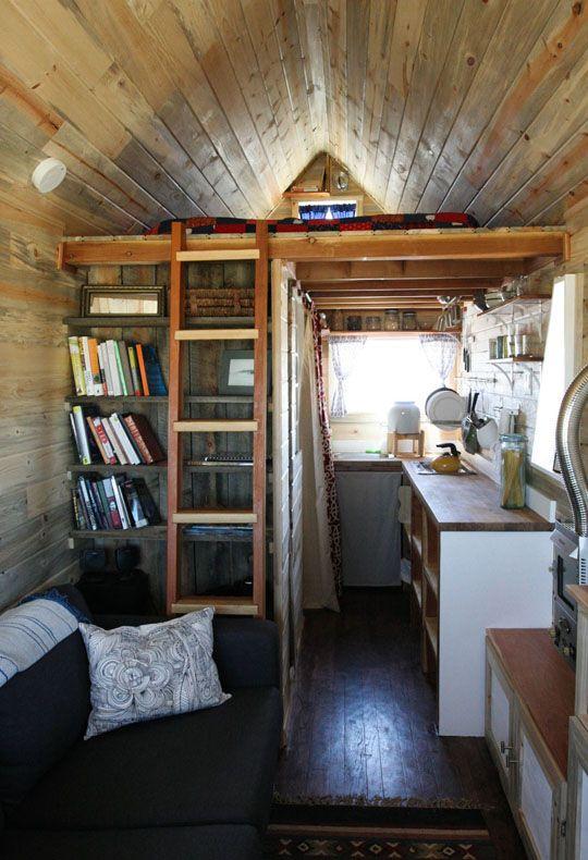Chalet Interior 14: Small Spaces: b49c73febb5a7b68073ae37c857480d7