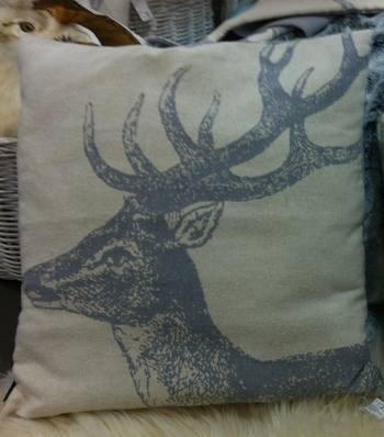 Chalet Product 14: Globus Cushions IMG_0283