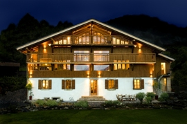 Chalet Product 14: Ferme du Ciel Front_Ext_Night