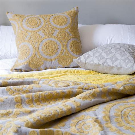 Easter 14: N-J Yellow bed set 2463_Standard