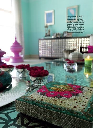 Spring 14 Room: Turquoise Retro Room 605338fa4ca16b808f1331dff87d33b2