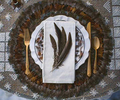 X-Mas 14 Deco: wood-and-feather-wedding-17
