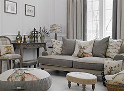 X-Mas 14: Stag Stool and Cushions p_56-s