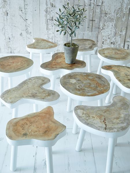 X-Mas 14: Multiple Wooden Stools 59001