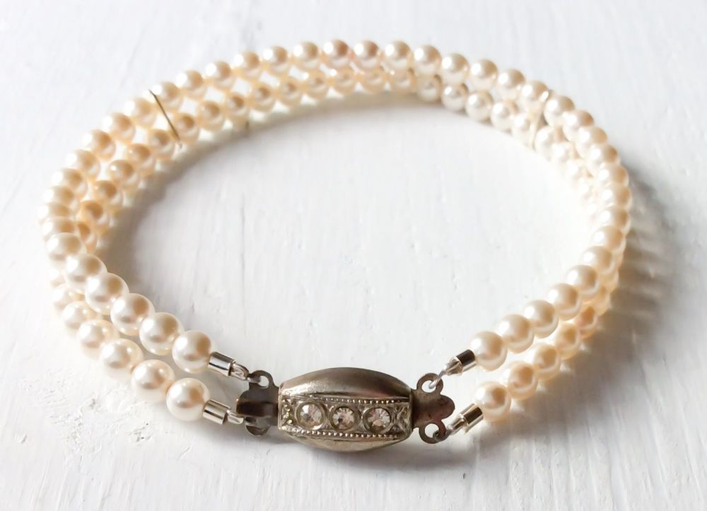 Double strand bracelet Ivory cream