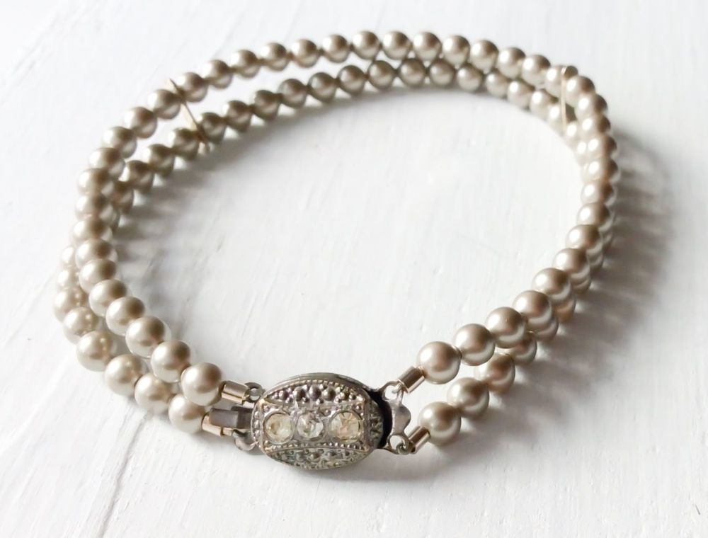 Double strand bracelet platinum grey