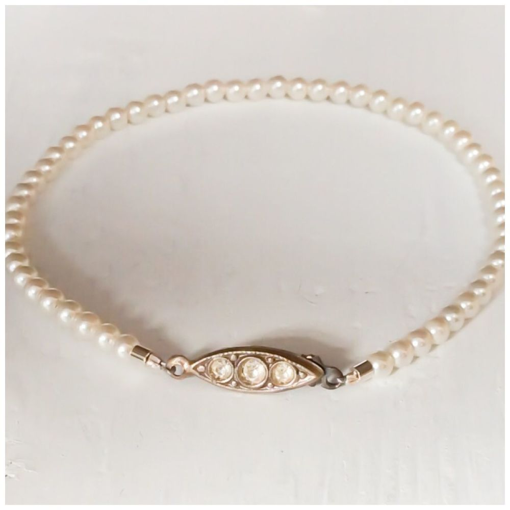 Bracelet single strand pearls 3mm Ivory cream