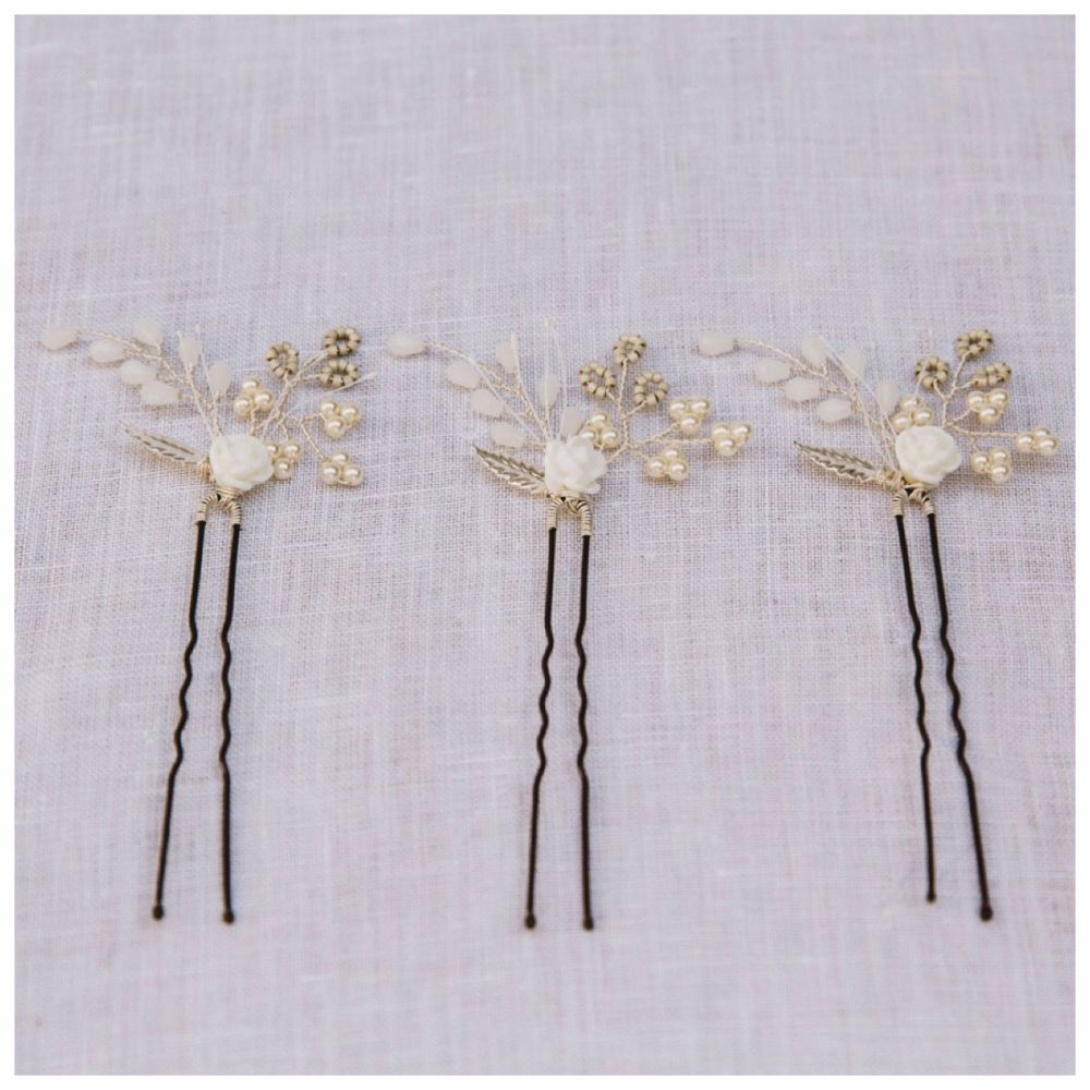 Tiny Rose Hair Pin Set