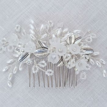 Frosted Flower Comb in Silver