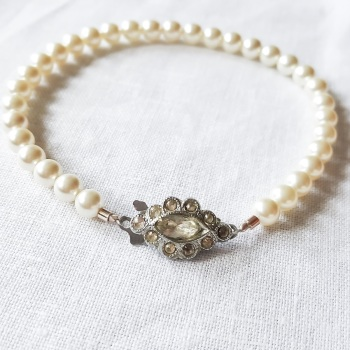 PEARL BRACELET | Pearl Single Strand Bridal Bracelet with Original Vintage Clasp