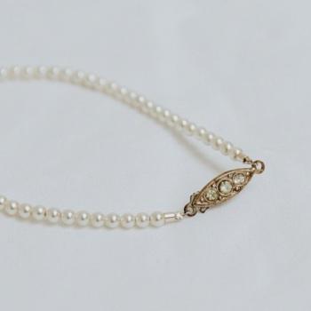 PEARL BRACELET | Dainty Pearl Single Strand Bridal Bracelet with Original Vintage Clasp