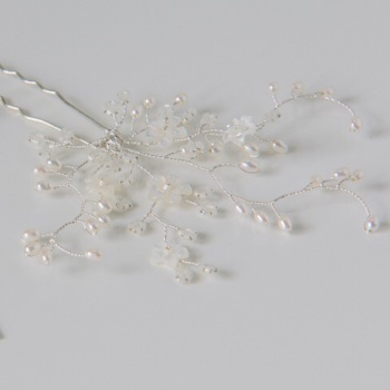 Ivory Delicate Flower Hair Pin