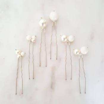 Eira Pearl Hair Pins