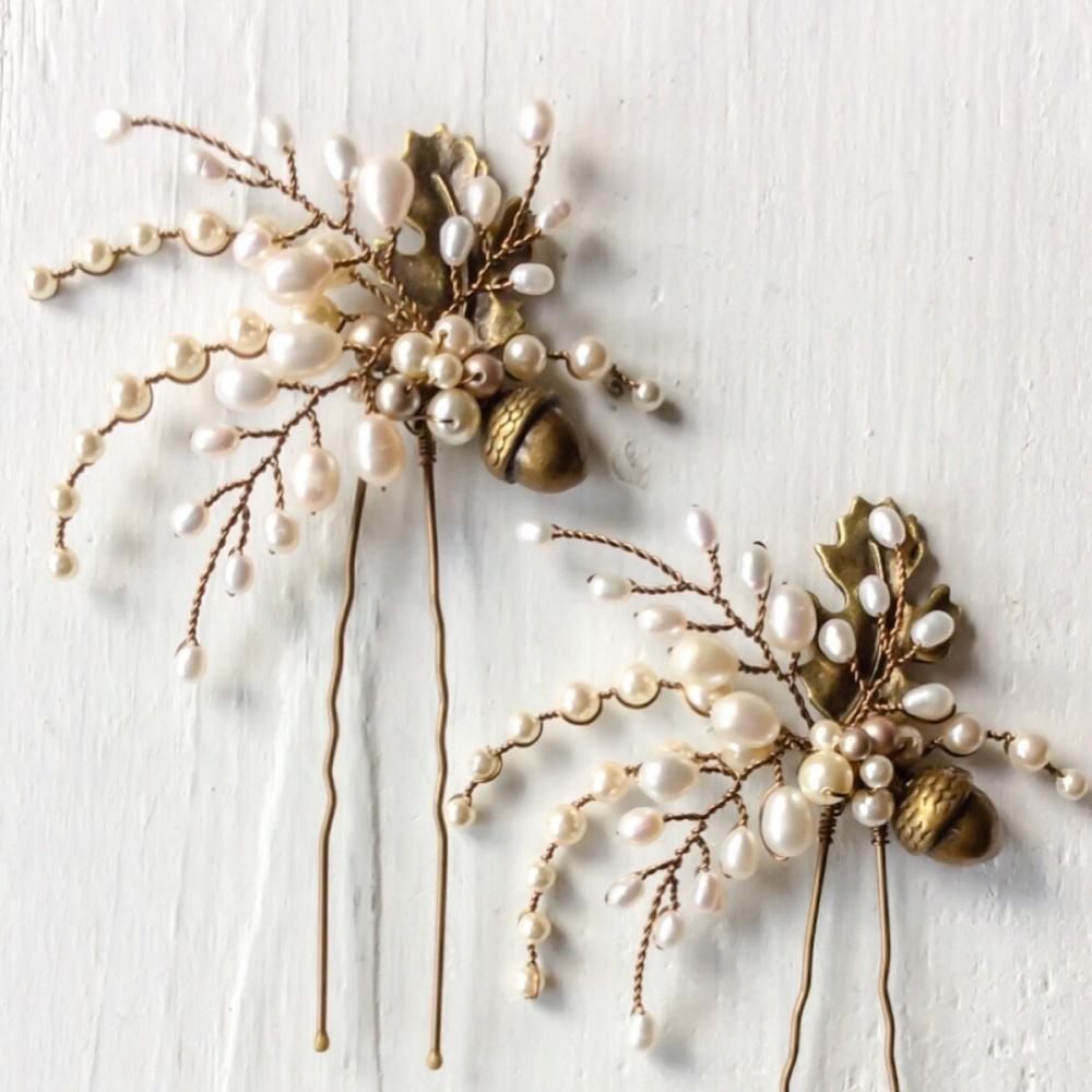 Aubrey Oak Leaf And Acorn Hair Pin Set (2 pin set)