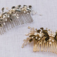 AUTUMN LEAVES | Antique gold or Silver Leaf and Pearl Wedding Hair Comb