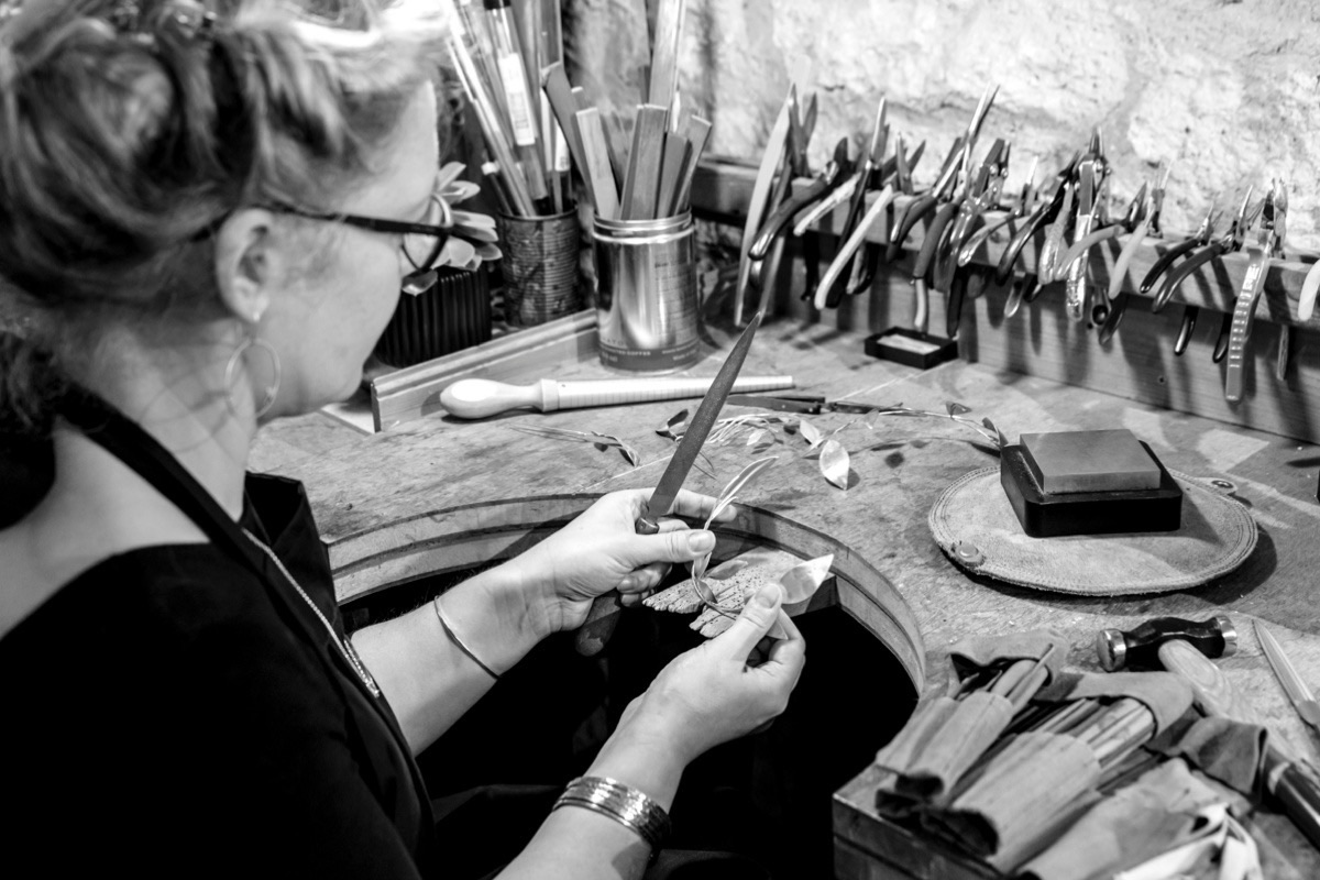 sustainable and ethical jewellery practices