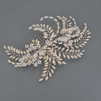Ivory White Fern Hair Comb