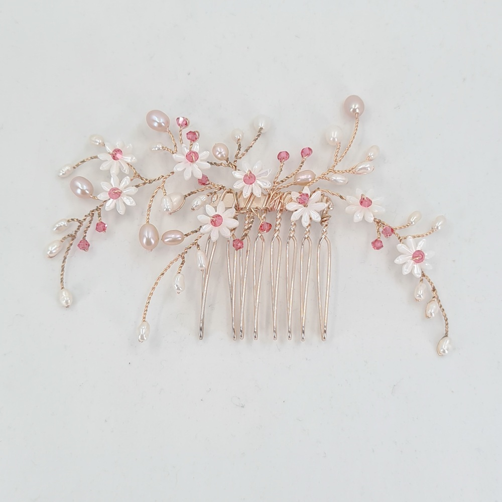Tiny Rose Gold Daisy Hair Comb