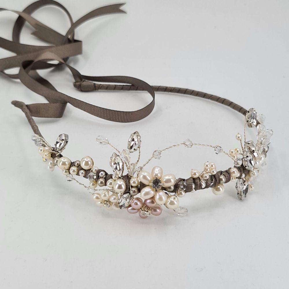 Pearl Floral Headdress