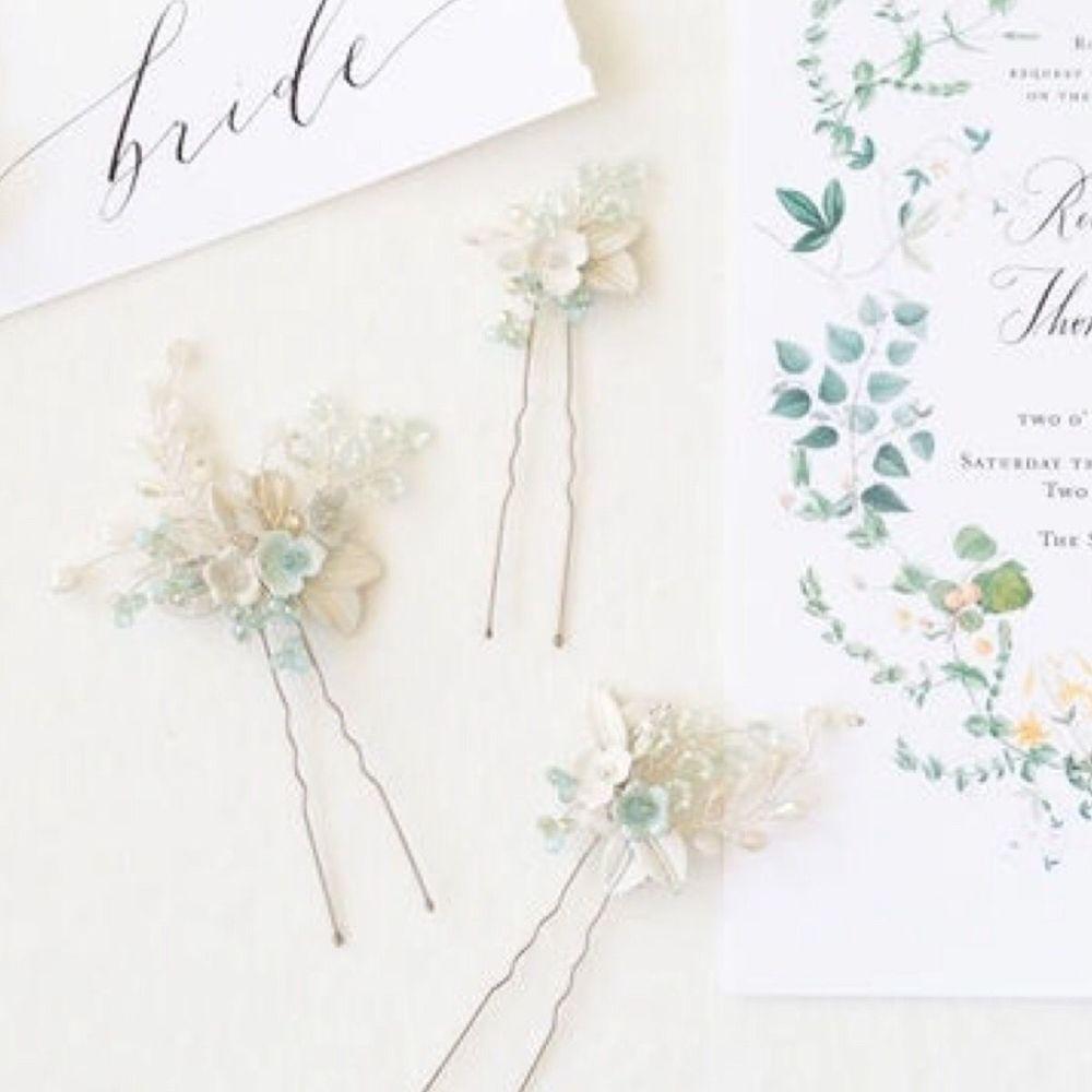 CELASTRINA   Palest Blue Floral Wedding Hair Pins