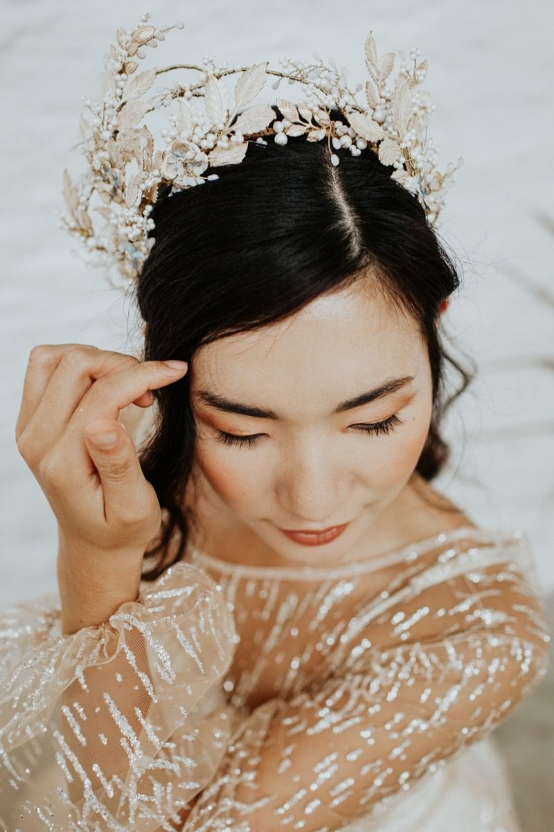Desdemona Statement Gold Floral Crown