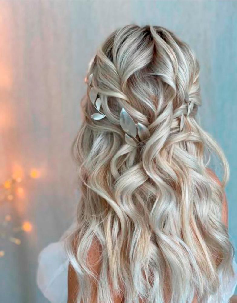 Kasia Fortuna stylist loose waves Millefolia silver headpiece and pins