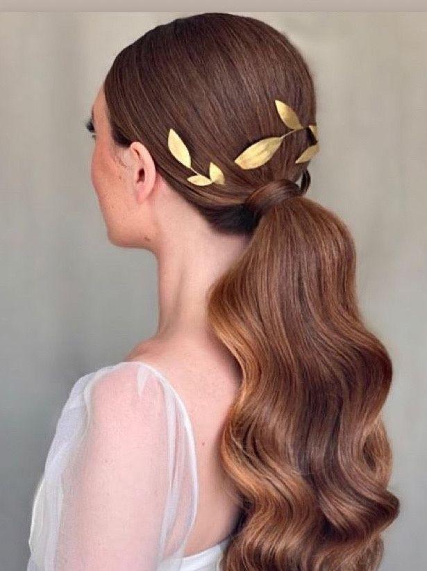 Kasia Fortuna stylist low ponytail brass Millefolia headpiece