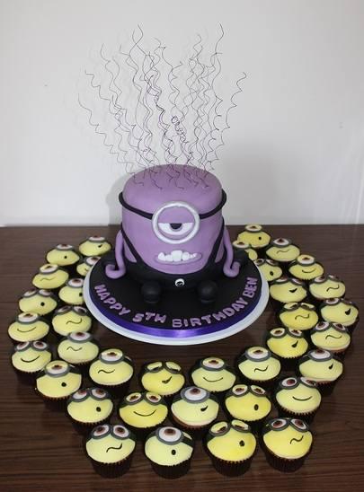 Minion plus cupcakes