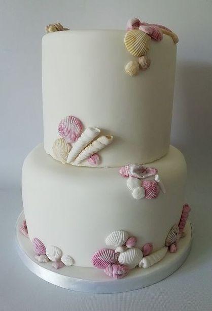 Seashell theme cake