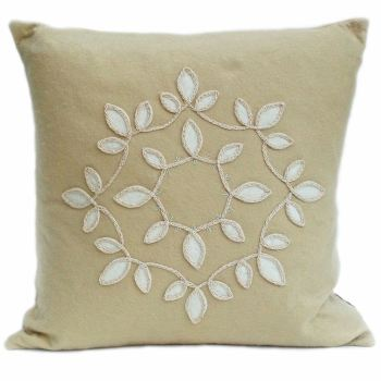 Sand wool felt with round leaf design