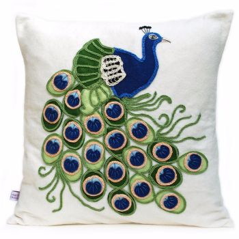 Peacock cushion in wool felt and crochet