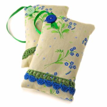 Lavender bag in Forget-Me-Not floral design