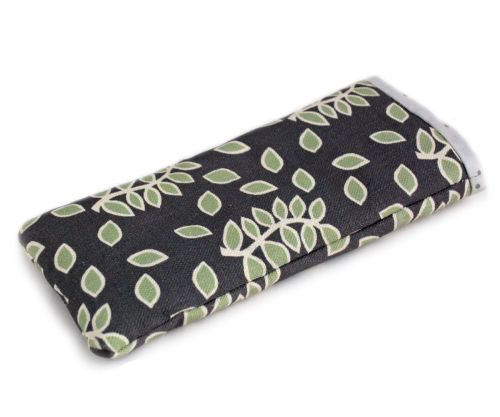 Smokey leaves mobile phone pouch