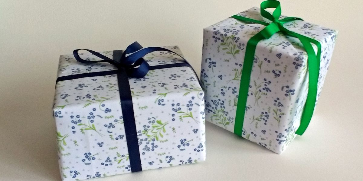 Forget-me-not-giftwrap
