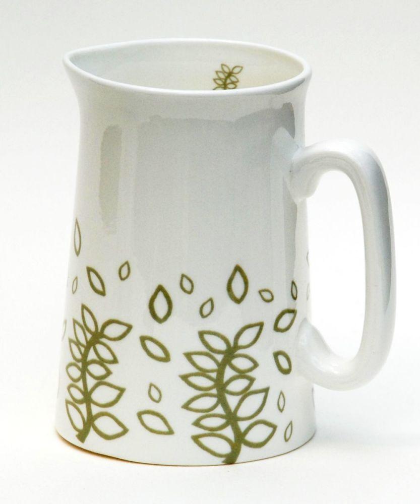 Green leaves half pint milk jug