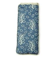 Blue leaves pouch
