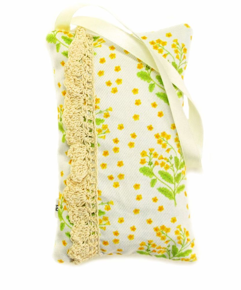 Cowslip lavender bag with linen hand crocheted lace