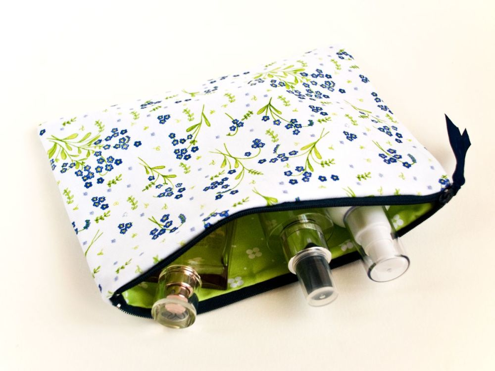 Forget-Me-Not design medium cosmetic pouch