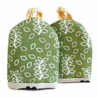 Green leaves egg cosy