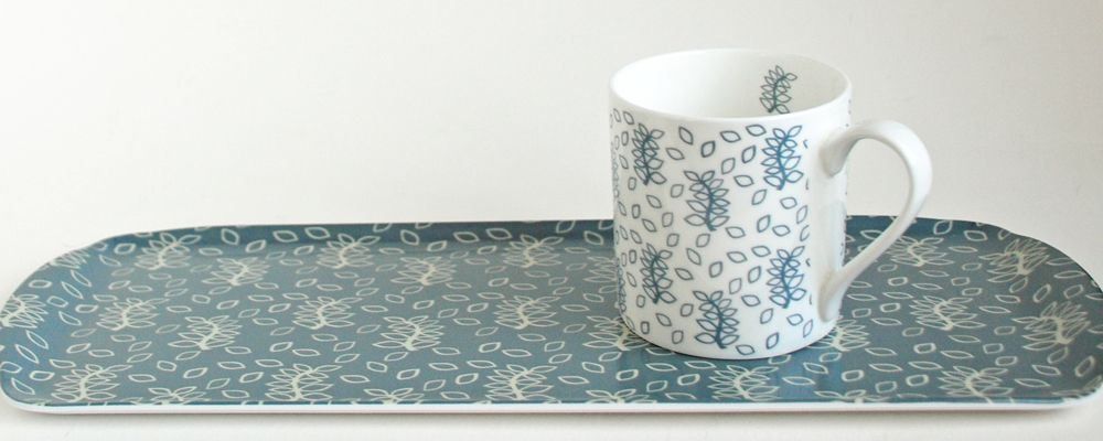blue-leaves-sandwich-tray-mug-b