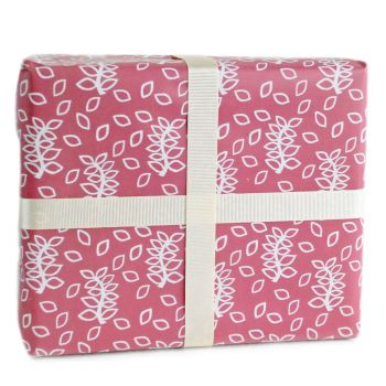 Dusky rose leaves gift wrap