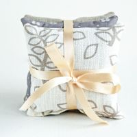 Ivory leaves lavender gift