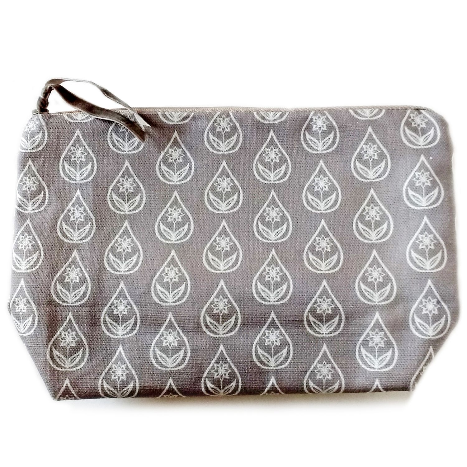 Cosmetic pouch in shale grey flower drop