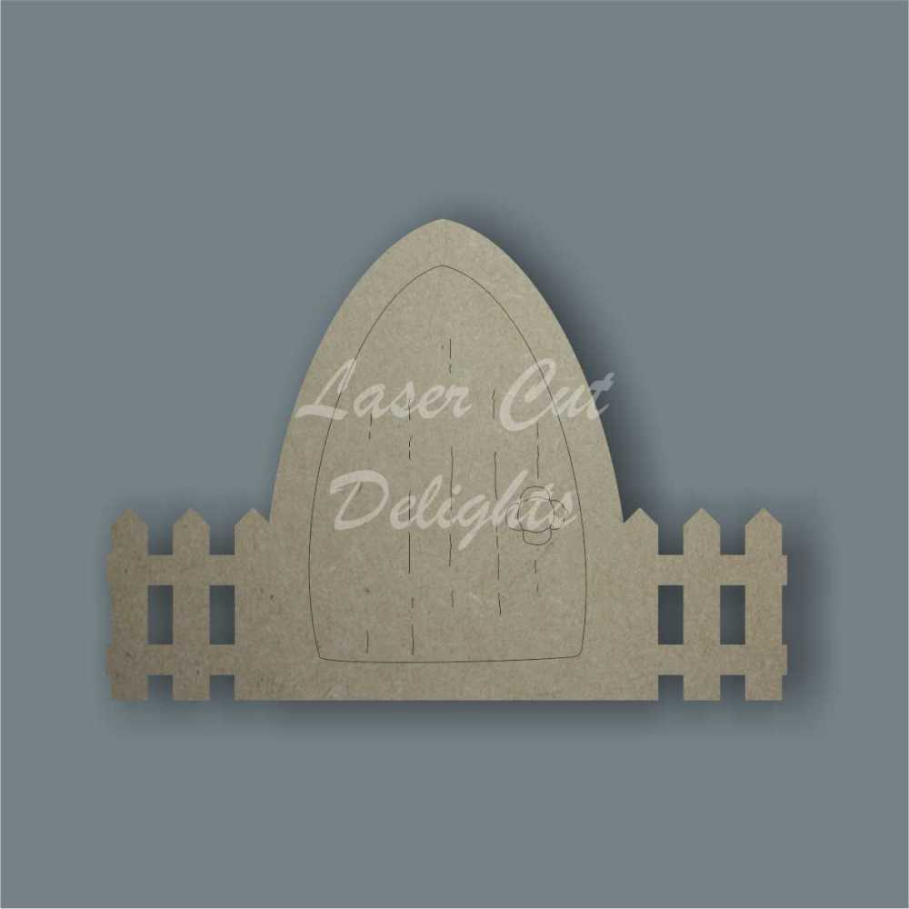 Fairy Door PLAIN WITH FENCE edged (flat) 3mm 15cm