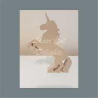 Unicorn or Horse Rising 18mm